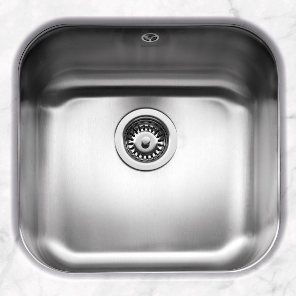 Form 42 Undermounted Stainless Steel Sink