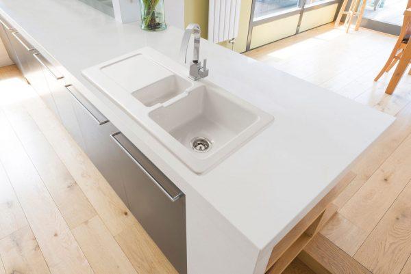 Foxboro 150 Ceramic Sink